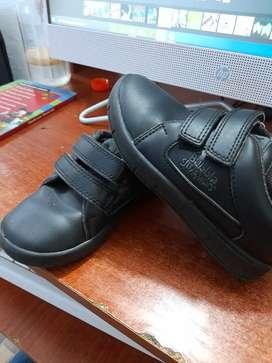 Zapatos negros escolares talla 25 buble gummers