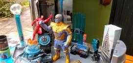 Oportunidad!! set de Marvel  Tanos y Ironman los dos por