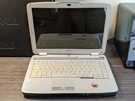 Portatil / Laptop - Acer aspire 4720z ( Visagras malas ) - Totalmente funcional