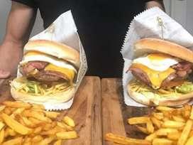 Venta de unas ricas hamburguesas y alitas a bbq por la compra la entrega es gratuita