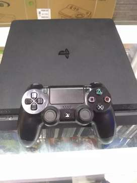 PS4 Slim (1 terá)