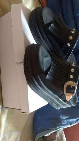 Vendo sapatos en buen estado como nuevo