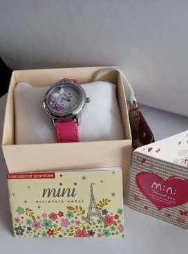 Reloj modelo niña edición miniature watch