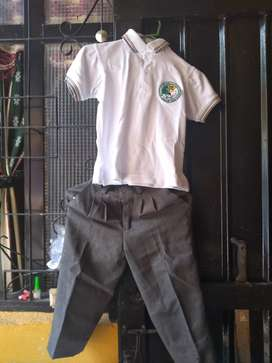 Vendo uniforme talla 6 del joakin paris ibague valor $60
