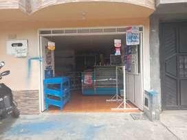 Se vende  casa en el barrio santa ines ojo primer piso casa con gareje negociable