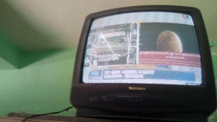 Vendo Permutó Tv 21 0