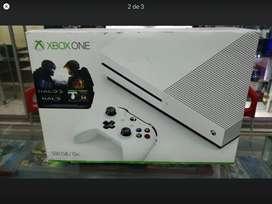 Xbox one s + 2 conrtroles 3 juegos