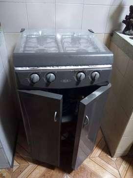 Vendo estufa a gas de 4 puesto con gabinete y sin horno