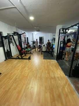 Se busca venezolano o venezolana con experiencia en gym se le ofrece vivienda