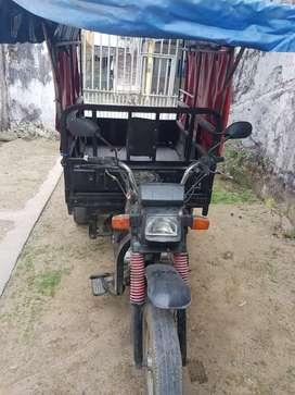 Se vende motocicleta urgente