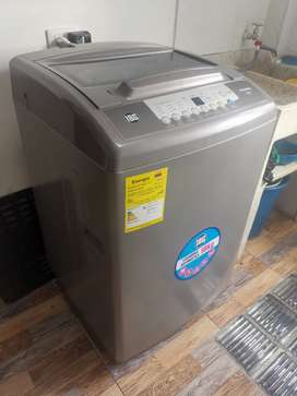Lavadora mabe de 10 kg, como nueva