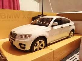 Vendo auto a control remoto BMW X6