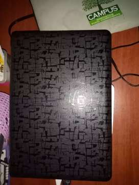 Cambio portatil hp pavillion dv2000 x computador de mesa pantalla lcd , 4gb ram , Disco duro 250gb,teclado ,mouse.