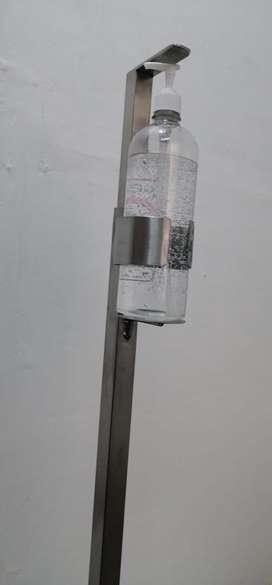 Dispensador de gel con pedal en acero inoxidable