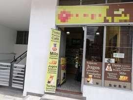 Vendo negocio CAFETERÍA - FRUTERÍA, equipada, bien ubicada, acreditada