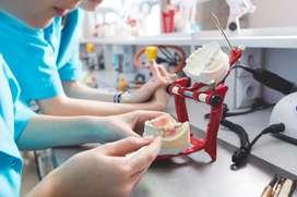 Buscamos para nuestro o equipo de trabajo mecánico dental