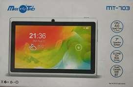 Tablet MT-703 con Teclado