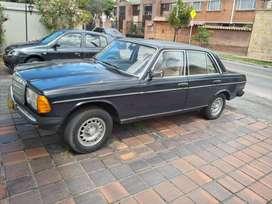 Vendo Mercedes Benz W123 200 modelo 1982
