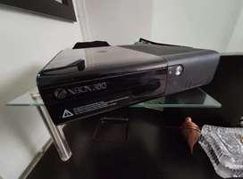Xbox 360E 500Gb, perfecto estado, precio negociable
