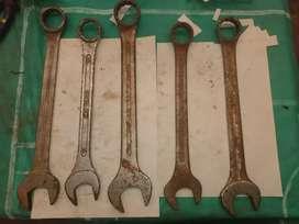 Llaves estriadas y fijas distintas medidas 1;1/4;35;38;32;