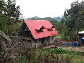Terreno con casa de campo