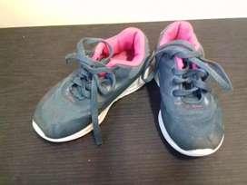 3 pares de zapatillas