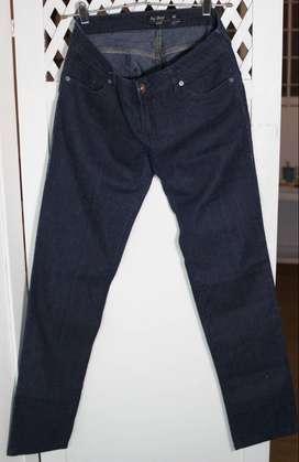 Pantalones jeans y calzas