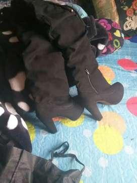 Vendo o cambio botas como nuevas talla 35