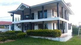 Alquiler Finca Villa Parra