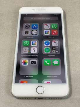 Impecable iPhone 8 PLUS + 3 Fundas y Accesorios