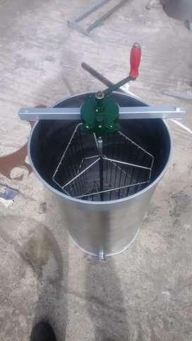 Máquina centrifugadora de miel