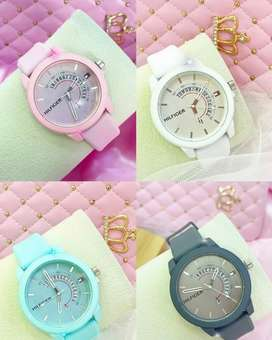 Reloj Tommy Hilfiger varios colores pidelos