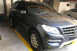 Camioneta Mercedes Benz