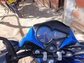 Vendo mi moto honda