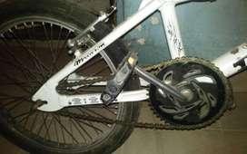 Bici BMX niño