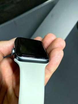 Apple Watch 3 Nike 42 mm en su caja con todo
