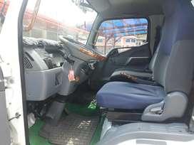 Vendo Camion Flamante Mitsubishi 5.5