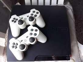 PS3 con dos mandos