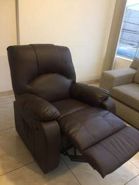 Lindo sillon reclinable con masajeador electrico