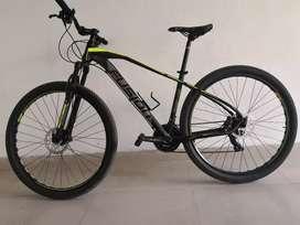 Bicicleta MTB en aluminio nueva.