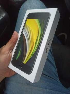 iPhone SE 2020 64gbs Seminuevo