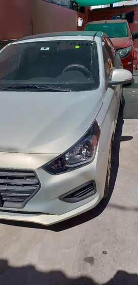 Vendo Hyundai Verna de urgencia / año 2020 con 2700 km de recorrido