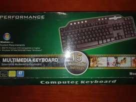 Vendo teclado de computadora
