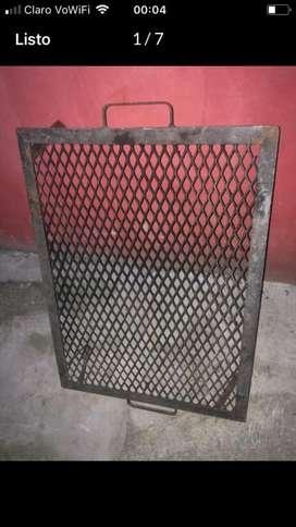 Parrilla Portátil Largo 77 de Largo Ancho 57 Y Alto 17 Cm Usada Perfe