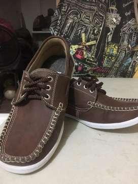 Zapatos colegios y ocacional
