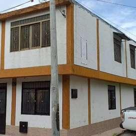 Vendo casa esquinera  barrio La reforma