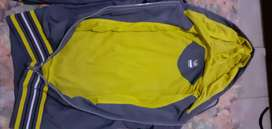 Vendo campera original