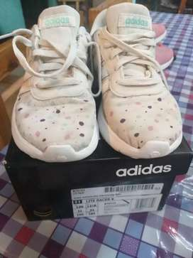 Vendo zapatilla adidas poco uso