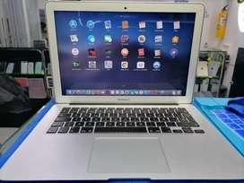 MacBook Air 13 Mod 2015 Core i5 de 1.6 GHz, Memoria Ram 8gb, 128gb Ssd, 335 Ciclos, Intacto, Factura