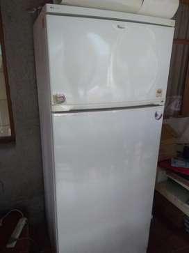 Heladera Whirlpool con Freezer